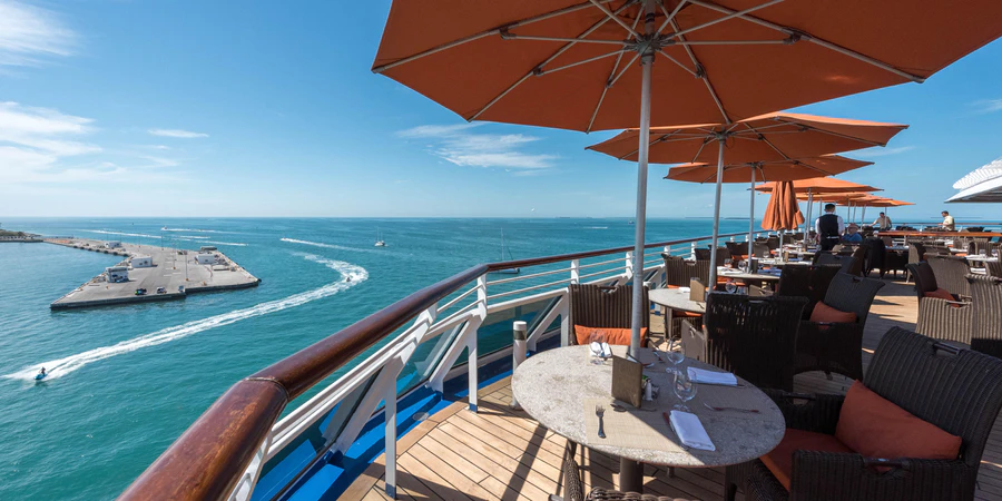 4 Tips to Help You Enjoy a Memorable Luxury Cruise